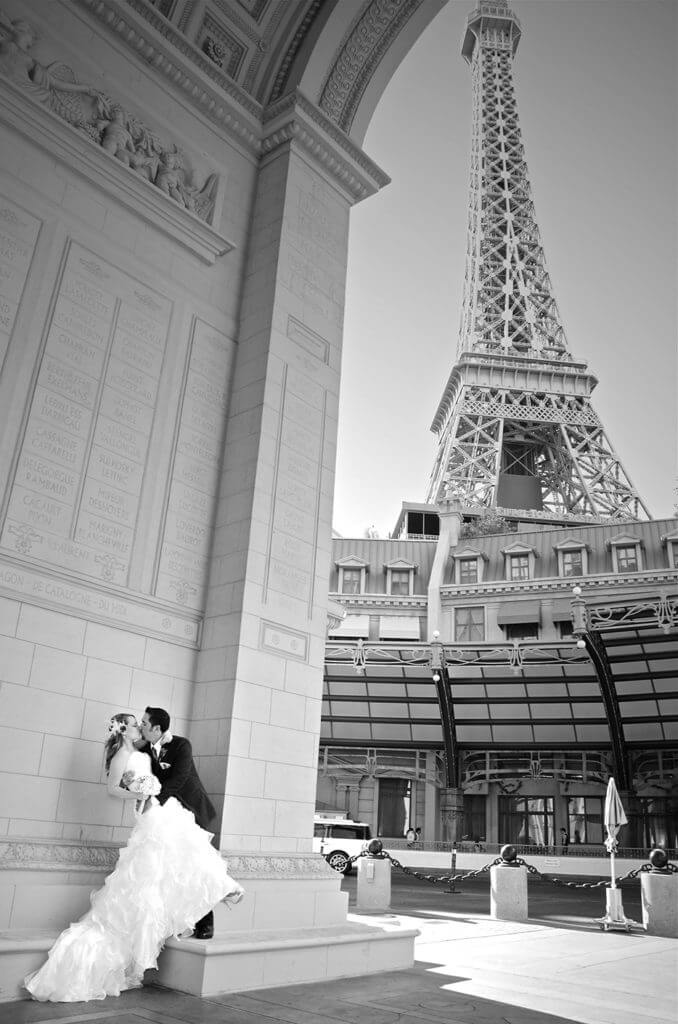 Paris las vegas wedding chapel image lv for Paris las vegas wedding